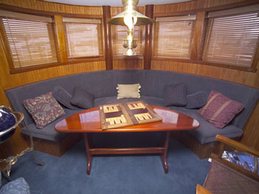 Library in yacht