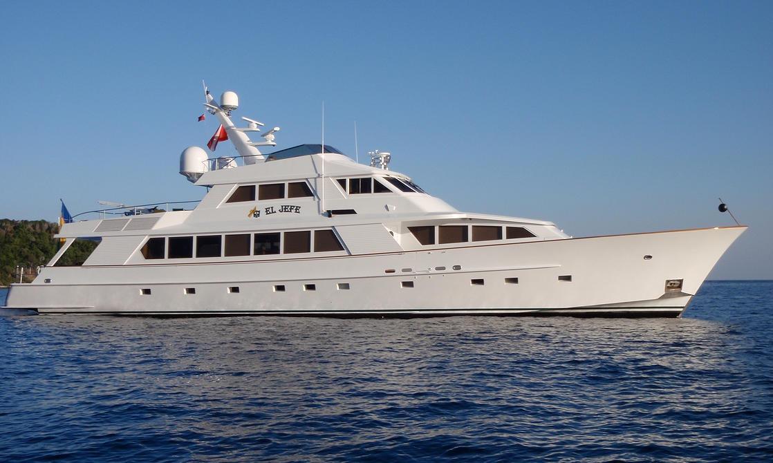 Caribbean luxury charter yacht El Jefe