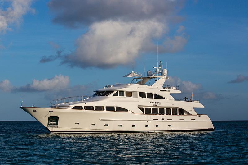 Charter Yacht Camarina Royale